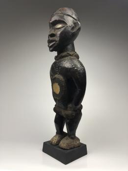 Статуя-фетиш нкиси народа Йомбе