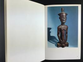 Книга «L'art de L'afrique Centrale/Sculptures et Masques Tribaux»_5