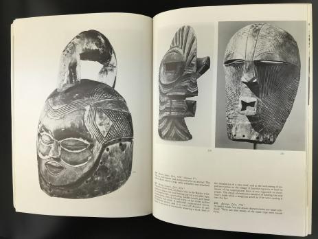 Книга «Masks Of Black Africa»